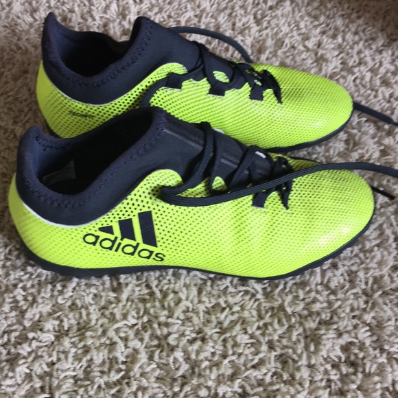 adidas Shoes 45 Boys Size 45 Shoes Soccer Cleats Poshmark 0535e2